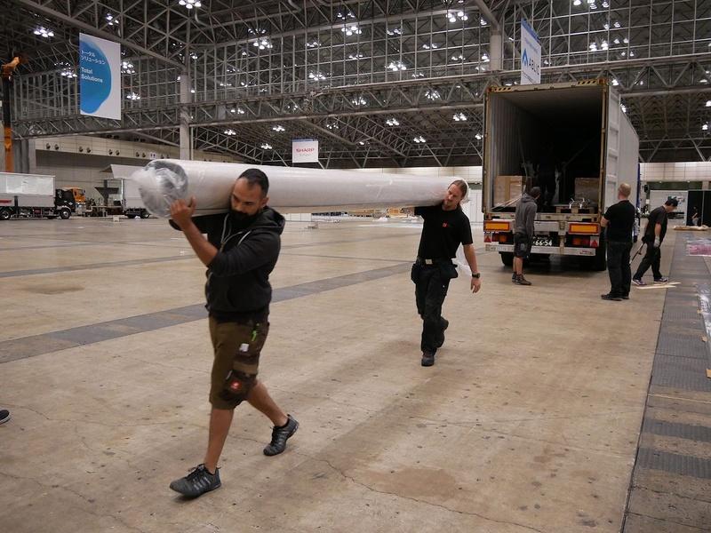 カーペットもドイツから持参。日本で使用しているカーペットよりも大きい
