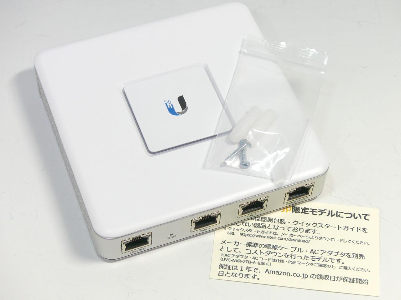 Ubiquiti Networksのセキュリティゲートウェイ「USG」。本体価格が安く、コントローラーソフトのライセンスなども不要で利用できる