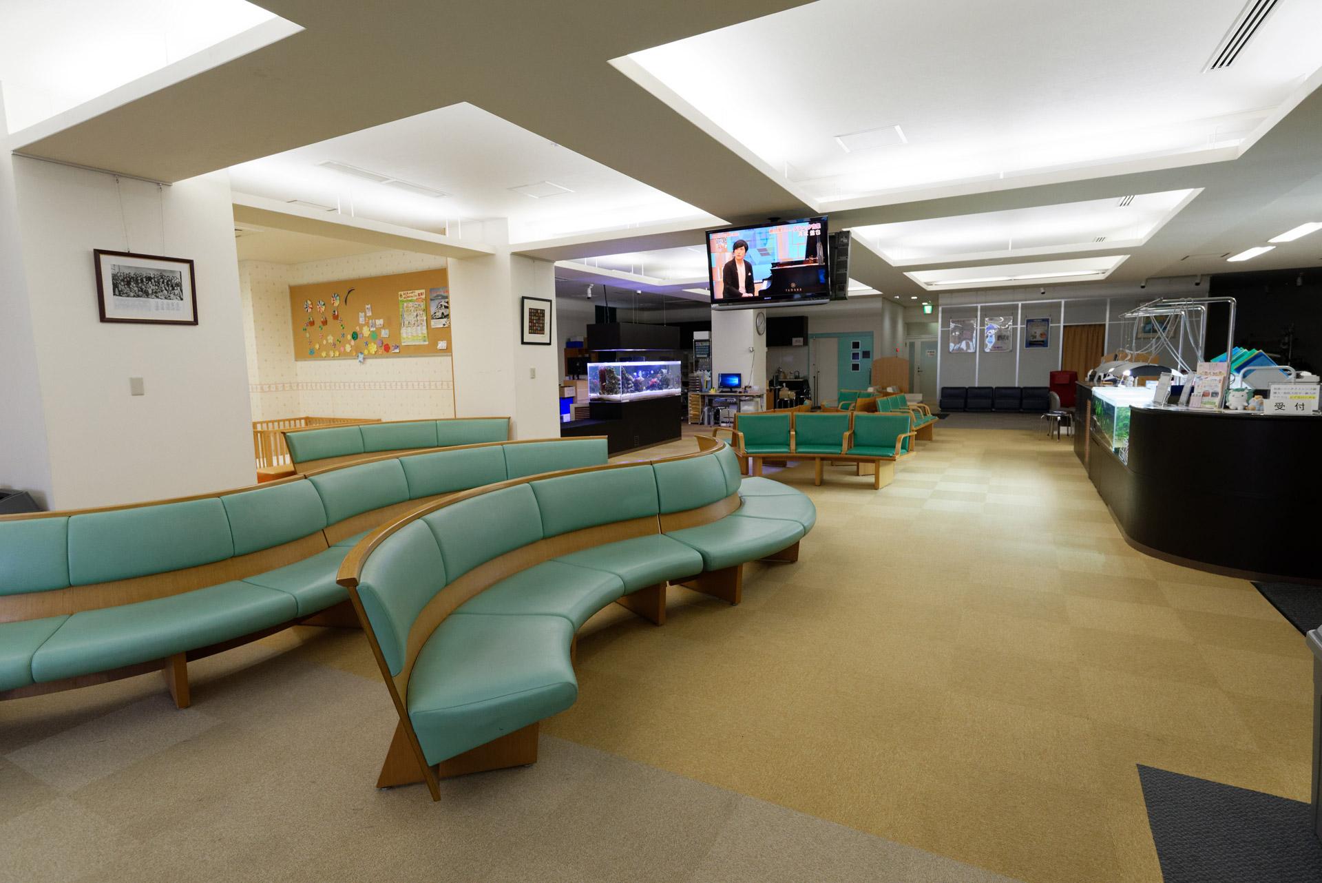 診療所内1階の待合室