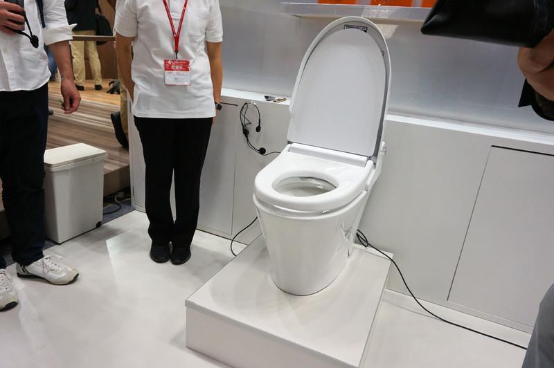 国際福祉機器展に展示された「トイレからのお便り」