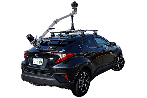 「CV技術」を使った計測車両(画像提供:岩根研究所)
