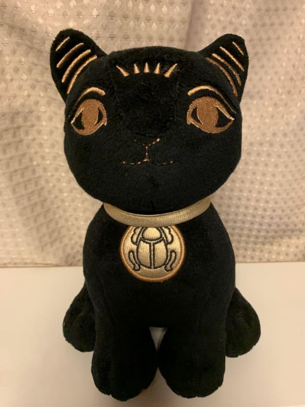 はるばるイギリスからやってきた猫の女神バステト