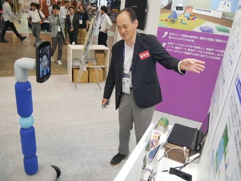 ANAのアバターロボットは他社ブースなどへの移動が可能だった