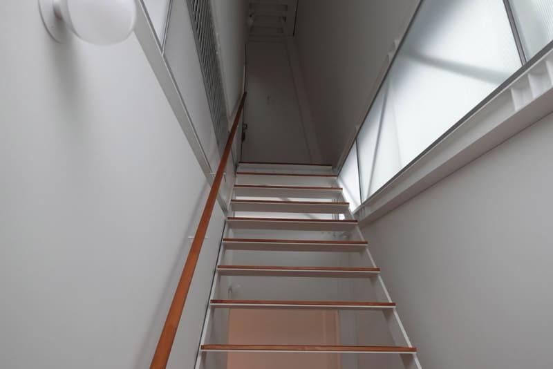 3階は六畳一間の個室