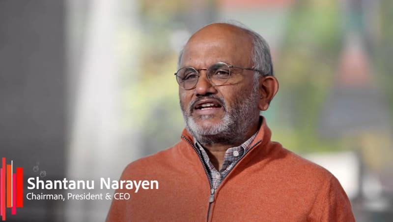 Adobe CEOのシャンタヌ・ナラヤン氏