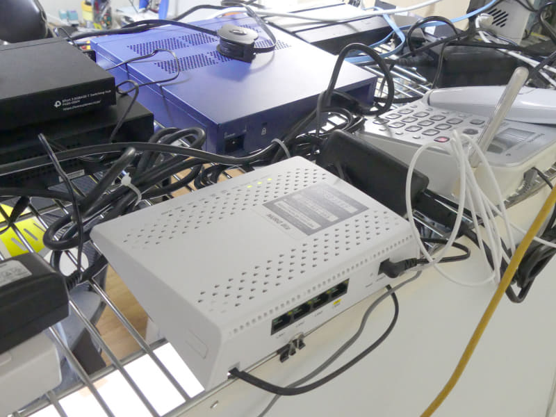 ONUはLAN1が固定IP、LAN2がDHCPという使い方になる
