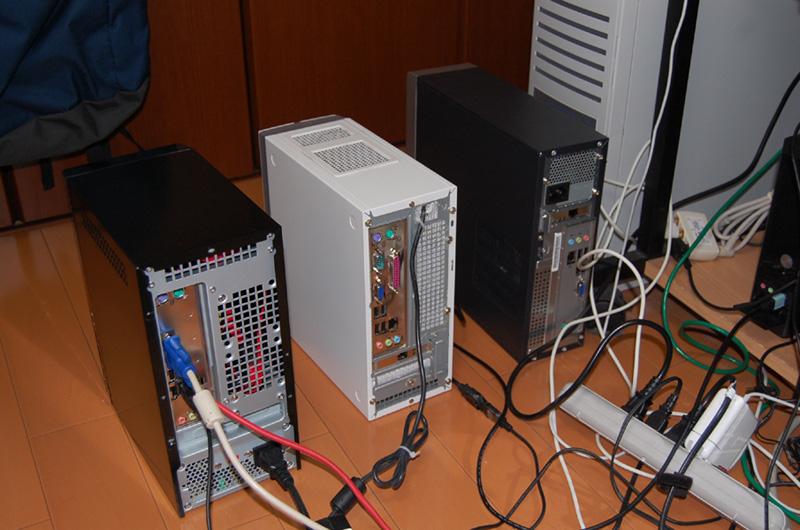 今回のテストに使ったAtom搭載PC