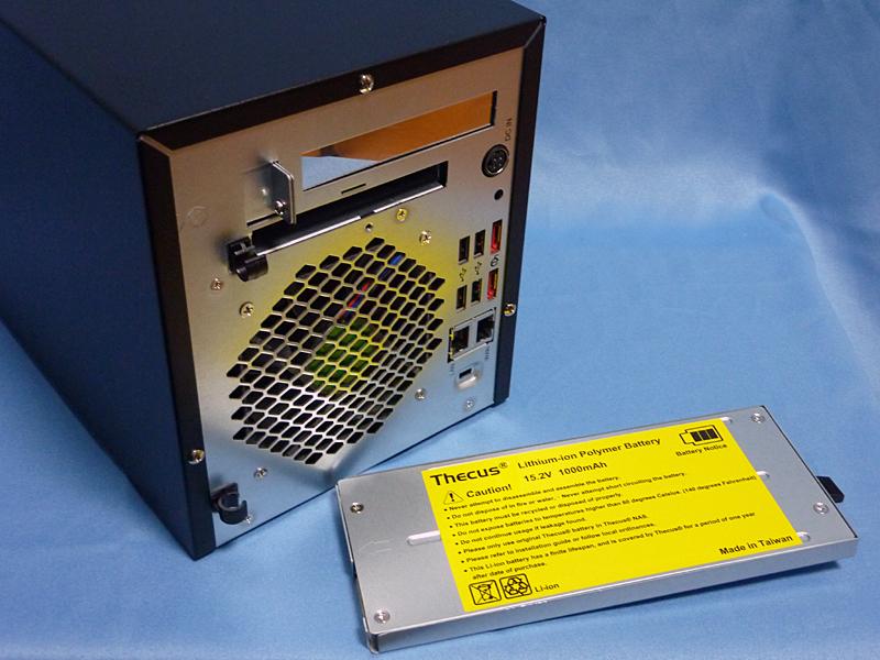 付属のバッテリー(15.2v/1000mAh)