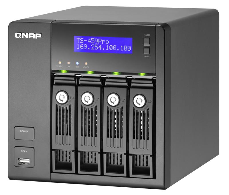 """前回に続いて「<a href=""""http://www.unitycorp.co.jp/qnap/product/turbo_nas/ts459pro_plus/"""">TS-459 Pro+ Turbo NAS</a>」を使用。iSCSI対応、仮想化環境配備用SPC-3採用で、仮想化およびクラスター環境用ストレージセンターとして利用できる。今回のレビューには間に合わなかったが、メモリが最大3GBまで増設可能な上位モデル「<a href=""""http://www.unitycorp.co.jp/qnap/product/turbo_nas/ts459pro2/"""">TS-459 Pro II Turbo NAS</a>」がリリースされている"""