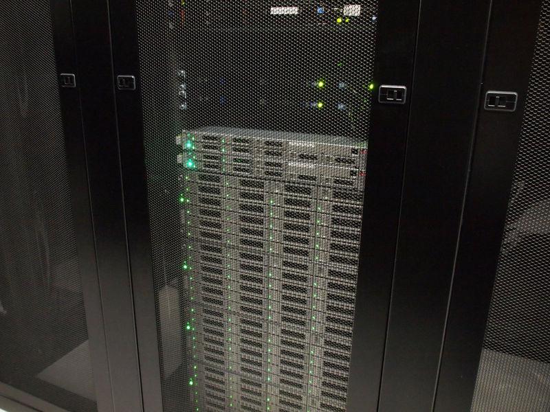 「さくらのクラウド」のサーバー。この直後、15時に正式スタートした