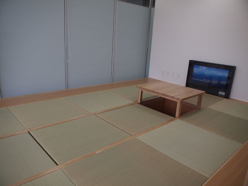 休憩室の畳エリア