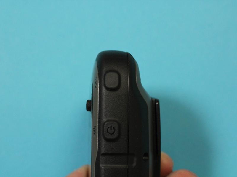 右側面のbackボタンとlightボタン