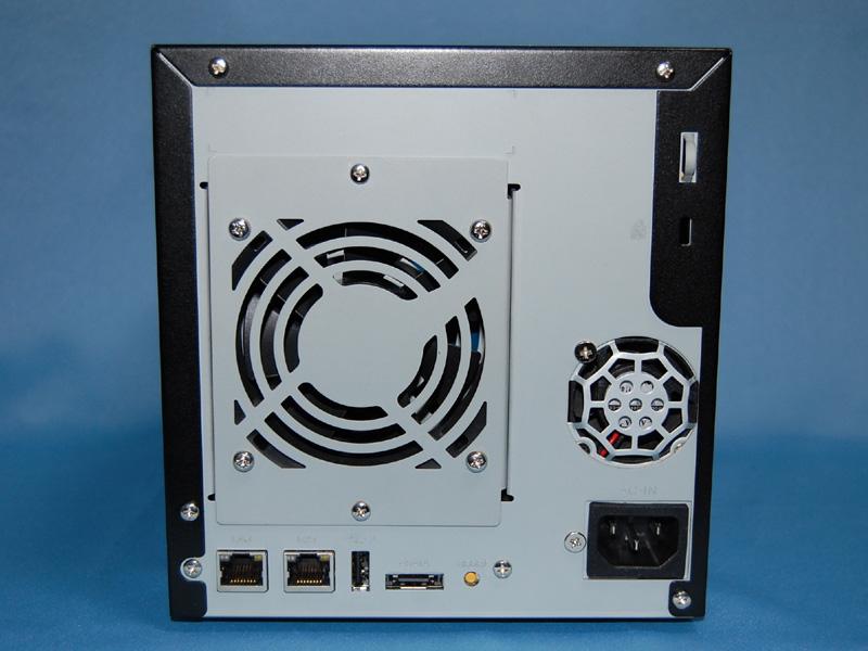 アイ・オー・データ機器の法人向けNAS「LANDISK XR」。最新版のファームウェアでDropbox連携機能を搭載した