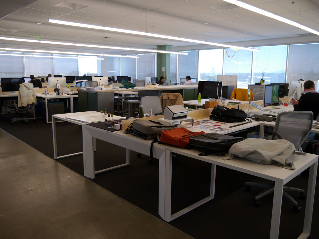 5階フロアの業務スペース。リービンCEO氏もこのフロアで仕事をしている。仕切はない