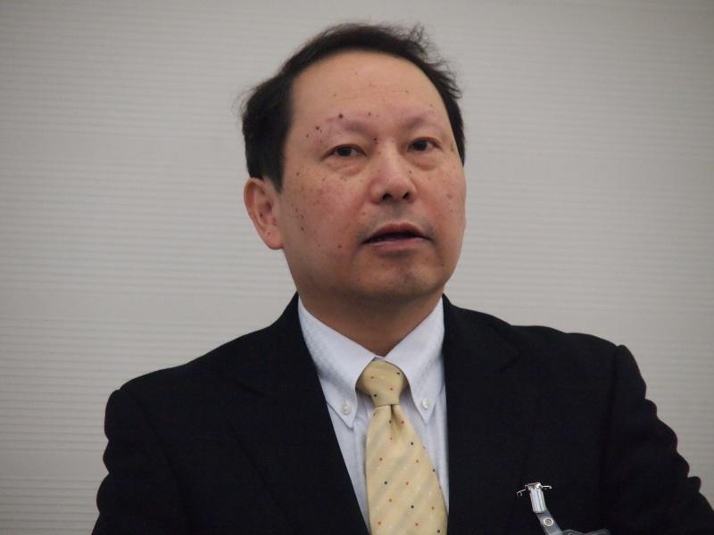 KDDIの戸所弘光氏