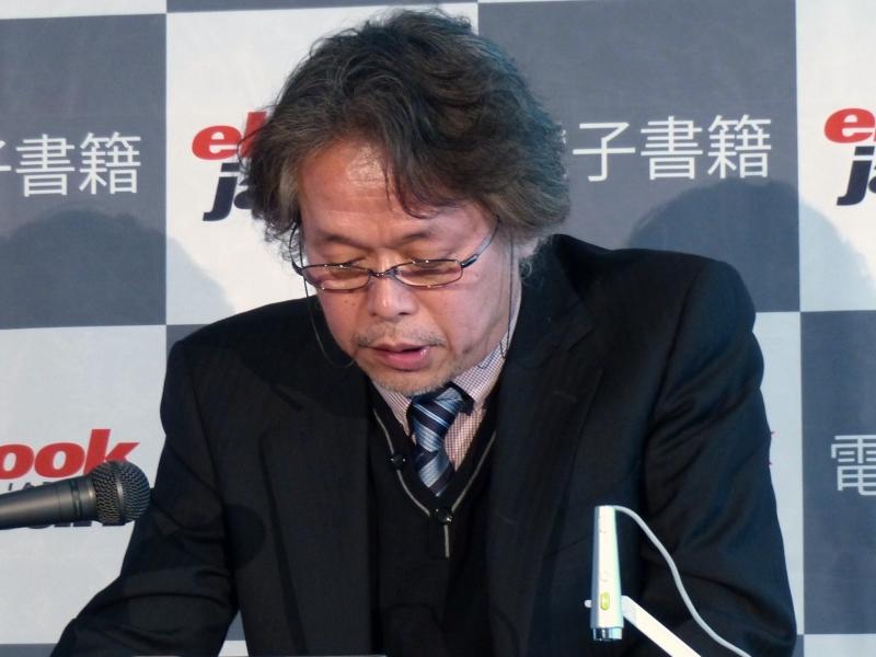 漫画家の六田登氏