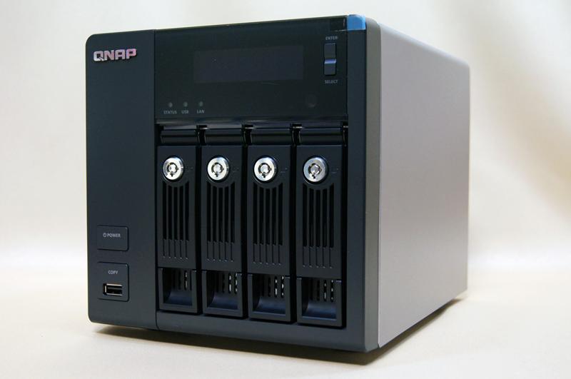 QNAPから新たに登場した4ベイのTurbo NAS TS-470。アーキテクチャが変更され、より高性能な製品になった