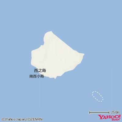 11月21日に「Yahoo!地図」に初めて掲載された「新しい島」。「確からしい情報があまりない中で、海上保安庁からの発表を参考に、楕円形の島をぽつんと載せた」という(Yahoo!地図スタッフブログより画像転載)