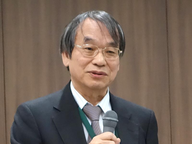 「電子母子健康手帳標準化委員会」の委員長を務める原量宏(かずひろ)氏