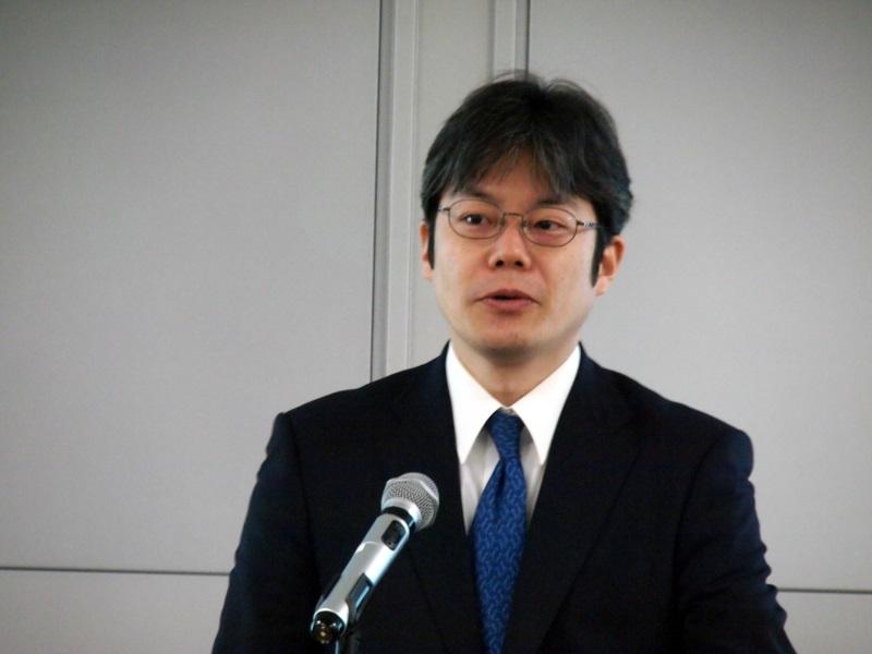 経済産業省の上村昌博氏