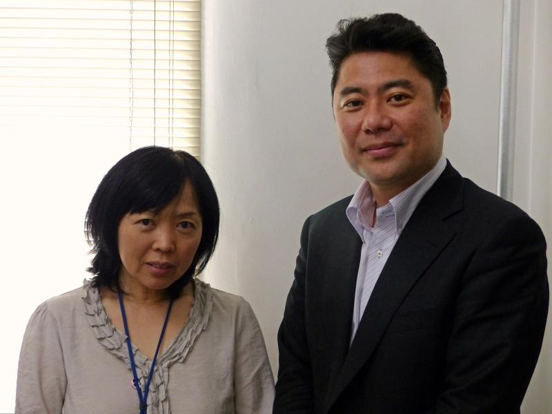 小林氏(左)と塩野崎氏(右)