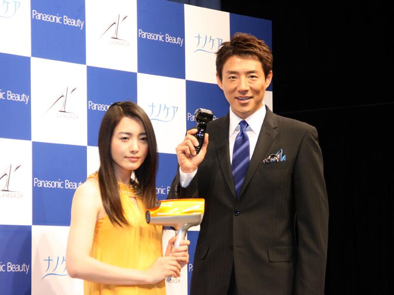 <small>パナソニックの美容製品群「Panasonic Beauty」の新しい顔としてCMなどで活躍中の2人</small>