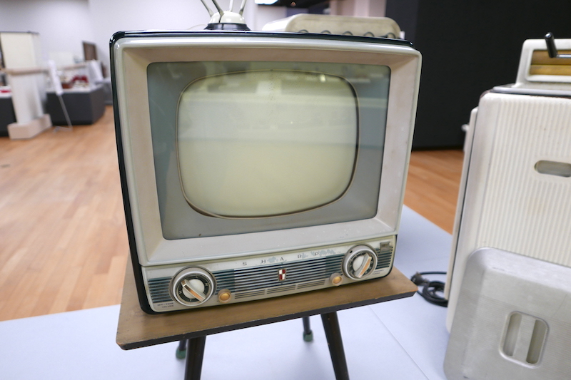 昭和34年(1959年)の白黒テレビ、シャープ(当時は、早川電機産業)「TV610」