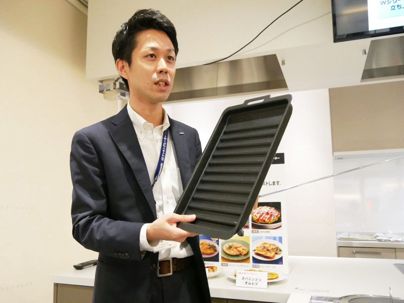 パナソニック アプライアンス社 キッチンアプライアンス事業部 商品企画部の林田章吾氏