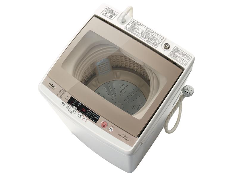 ガラス面が広く、洗濯の様子が見やすい。写真は「AQW-GV700E」