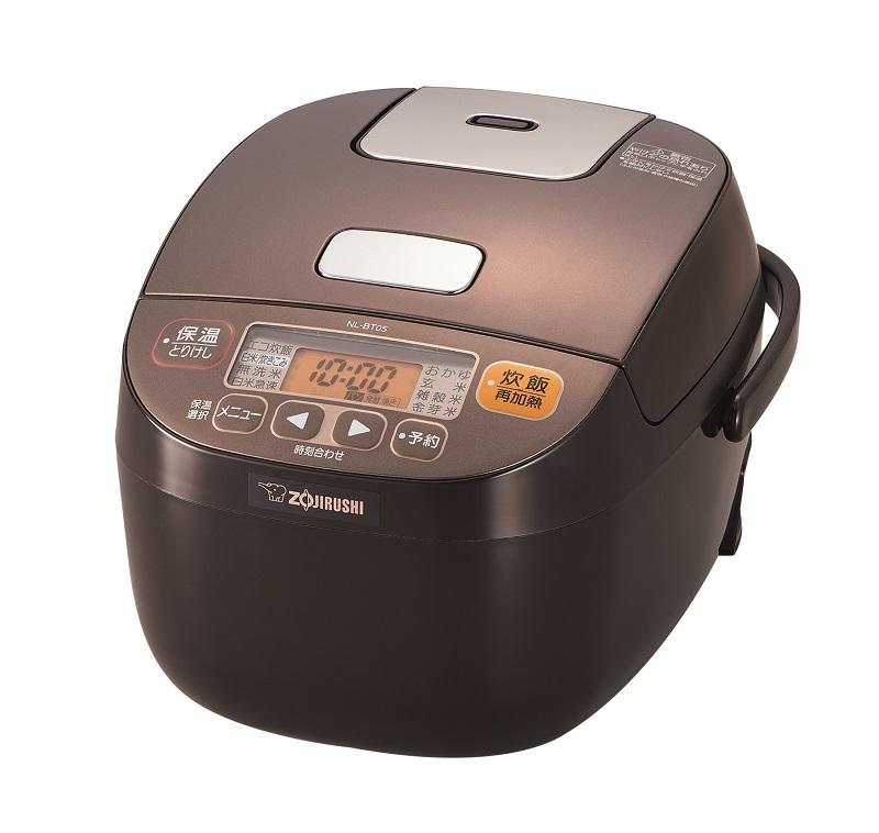マイコン炊飯ジャー「極め炊き NL-BT05型」。カラーはブラウン