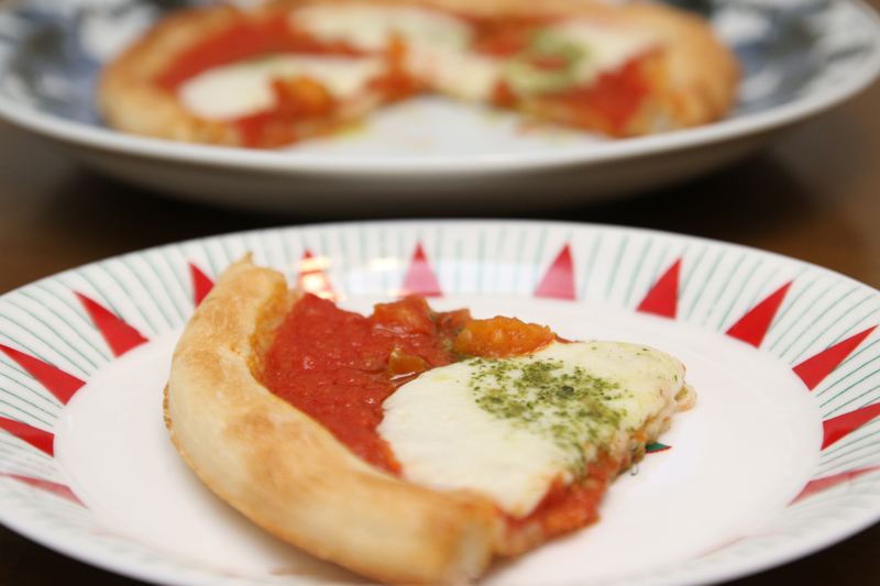 おいしそうなピザのできあがり!