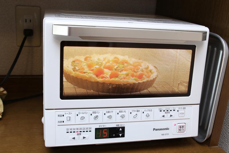 オーブンで使ってると明るくてすごく便利