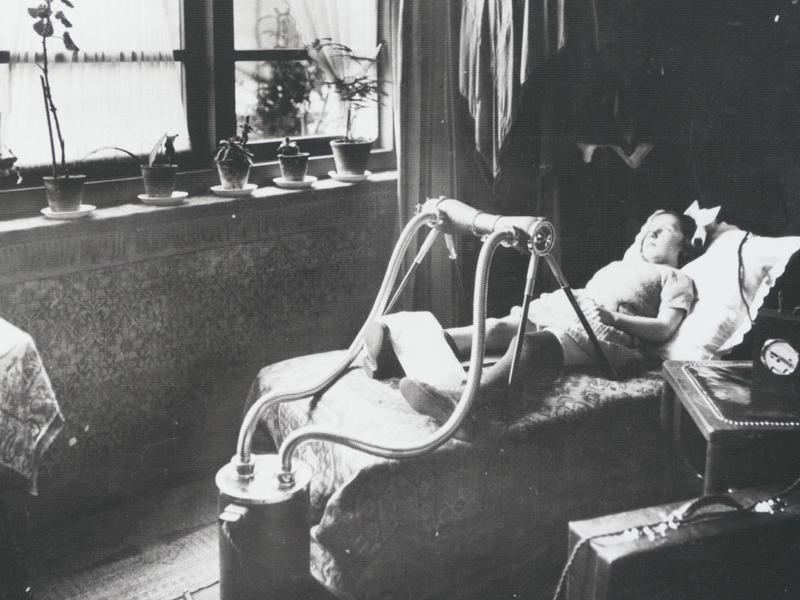 1920年代には医療用のX線製品を扱っている