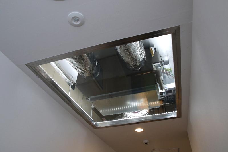 ビルトインで集中エアコンにすると屋根裏配管がこんな感じになるらしい。これは図面引く前から検討しないとね