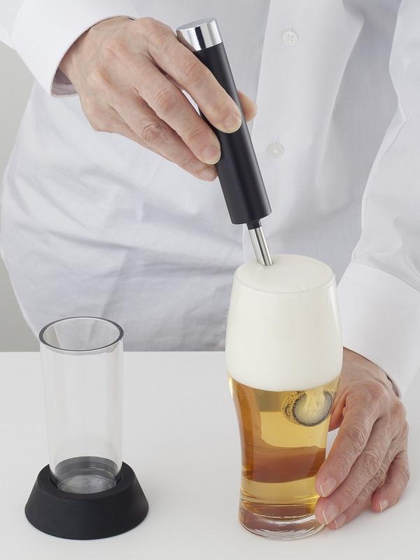 グラスに挿して使うので、すべてのビールに対応する