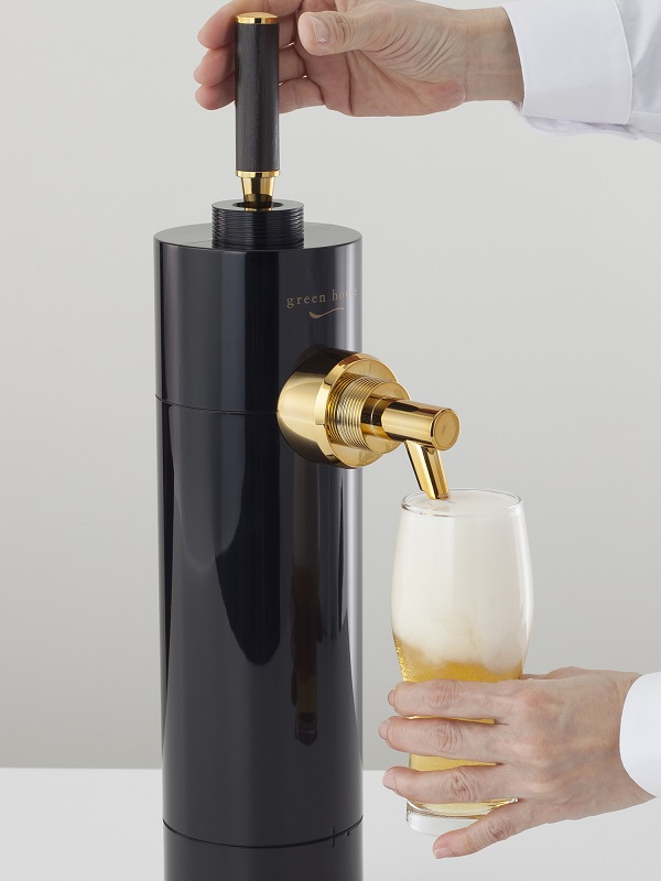 お店の生ビールサーバーのようにレバーで液体と泡を切り替える