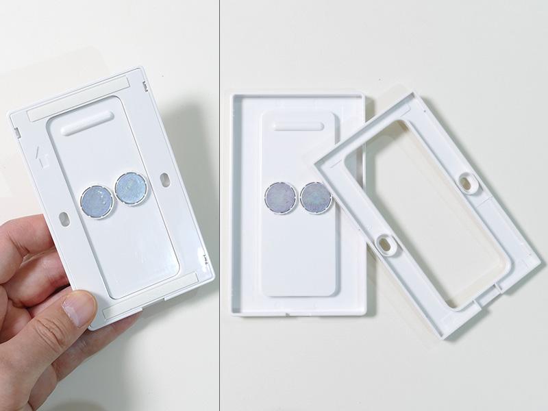 プレートの裏側には両面テープ、磁石、ネジ穴が施されており、好きな場所に取り付けられる