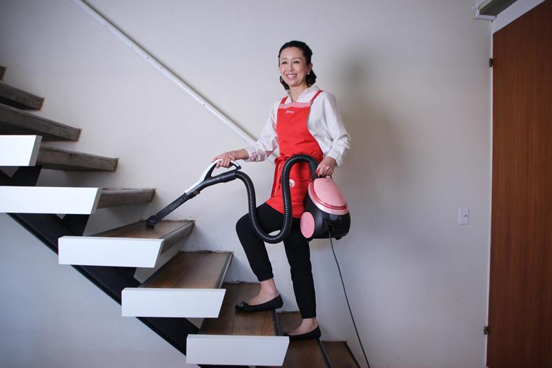 紙パック式掃除機を使った効率的な家事方法も紹介