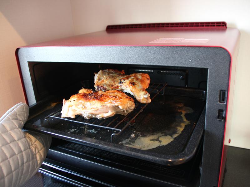 前編で紹介した「鶏のもも焼き」。皮がパリパリで美味しかった