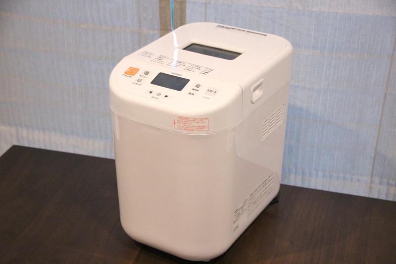本体。サイズは約230×330×330mm(幅×奥行き×高さ)で、炊飯器を置くくらいのスペースは必要になる