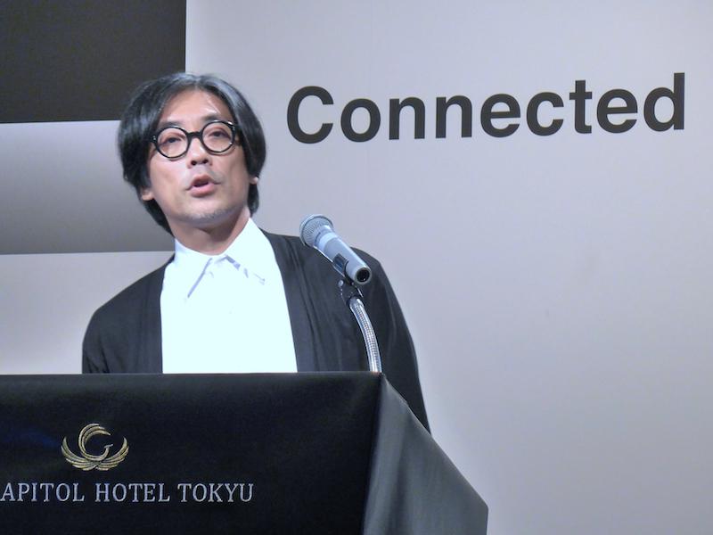 フラワー・ロボティクスの代表であり、コネクティッドホーム アライアンスのデザインディレクターを務める松井龍哉氏