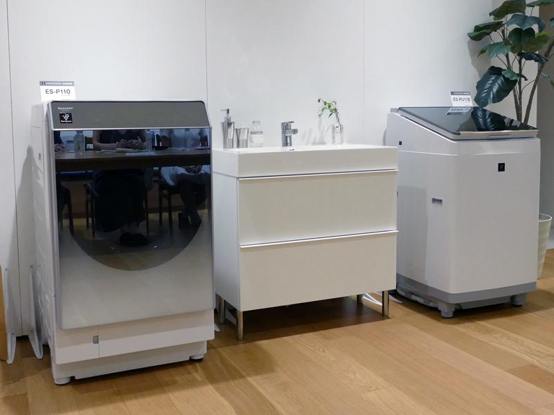 左から「ドラム式洗濯乾燥機 ES-P110」、「タテ型洗濯乾燥機 ES-PU11B」