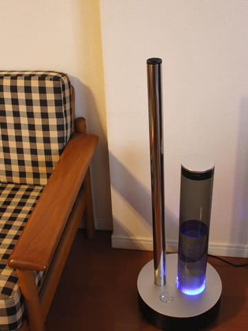 まるでオブジェ? 家電に見えないカドーの加湿器が空間も心も潤す カドーの加湿器「STEM 620」。適用畳数は10~17畳なので、リビングにちょうどいい