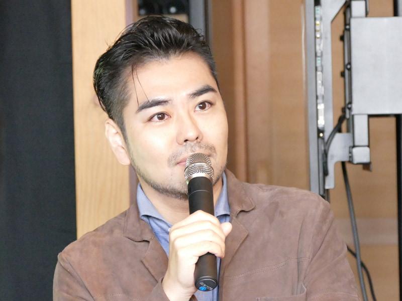 男性美容研究家の藤村岳さん