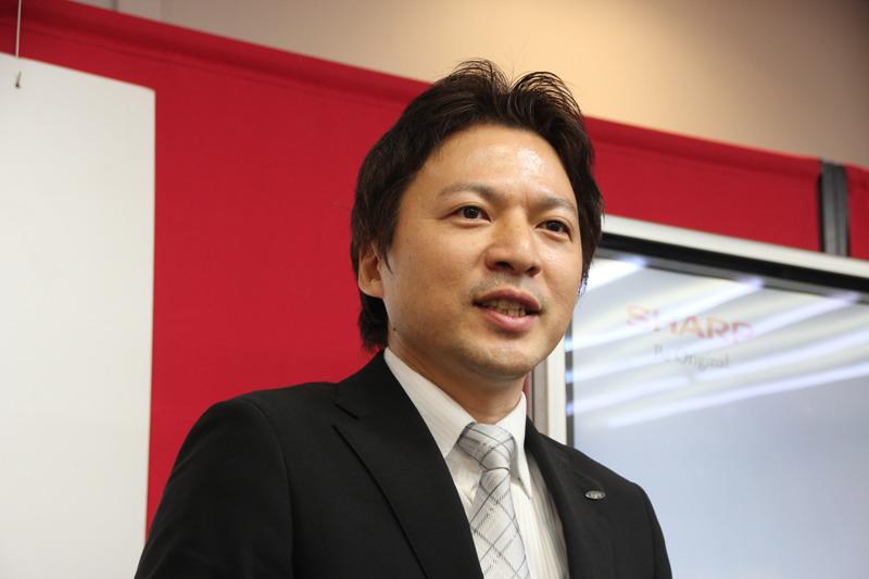 シャープ 健康・環境システム事業本部 スモールアプライアンス事業部 調理商品企画部 部長 荒井 修平氏