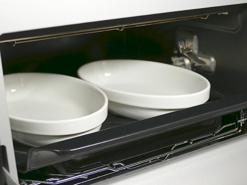 受け皿はオーブンとグリル使用時にも使う