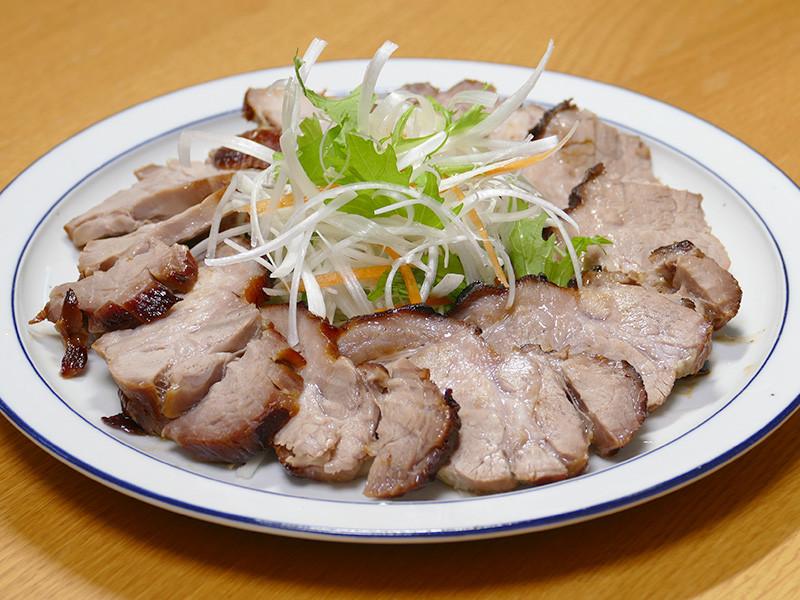 出来たての焼き豚の美味しいことったら!ジューシーで柔らか。冷めても美味しかった