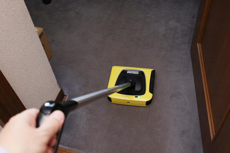 毛足の短いじゅうたん、土間などの床掃除に便利