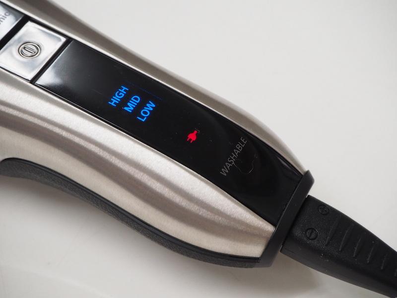 バッテリー残量の表示はHIGH/MID/LOWの3段階。