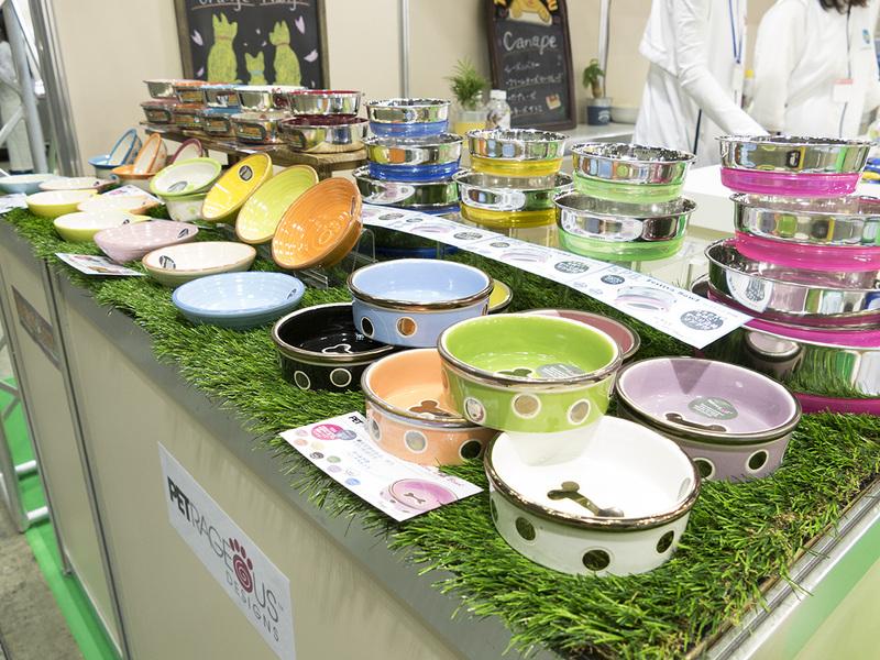 食べやすさとデザインにこだわった食器